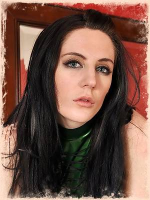 Samantha Bentley Green Black