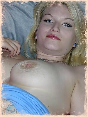 Big Breasted Amateur Blonde Babe Stripping And Modeling Nude